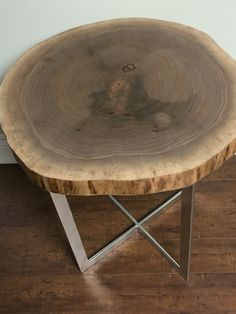 Walnut end table Live Edge Table, End Tables, Furniture, Home Decor, Mesas, Homemade Home Decor, Home Furnishings, Decoration Home, Small Tables