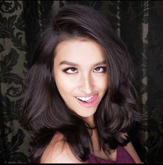 Beth being a dork Liza Soberano, Filipina Beauty, Natural Hair Styles, Long Hair Styles, Cute Faces, Sensual, Beautiful Actresses, Pretty Face, Asian Beauty