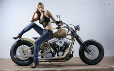 7 erlesene coole Tricks: Harley Davidson Girl Shops harley davidson models v rod . Harley Davidson Custom, Harley Davidson Roadster, Harley Davidson Iron 883, Harley Davidson Street Glide, Harley Davidson Motorcycles, Chopper Motorcycle, Scrambler Motorcycle, Motorcycle Garage, Girl Motorcycle
