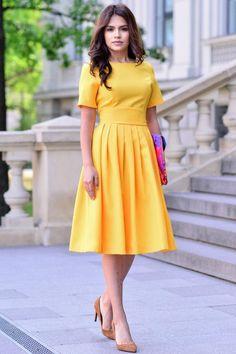 74491e3327 17 Popular KNEE LENGTH SUMMER DRESSES images