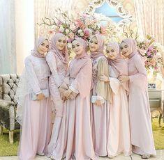 How to Use Credit Card to Build Credit? Kebaya Hijab, Kebaya Dress, Kebaya Muslim, Kebaya Brokat, Muslimah Wedding Dress, Hijab Wedding Dresses, Hijab Bride, Hijab Dress Party, Hijab Style Dress