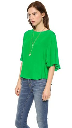 Ella Moss Stella Blouse - not so much the color but oooo that blouse with jeans
