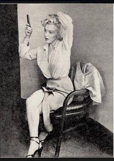 Timeline Photos - Mundo Marilyn Monroe.