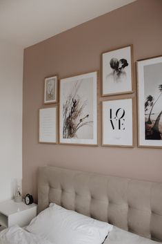 Bedroom Gallery Wall on a dusty pink wall. Light bedroom, velvet bed, wood, scandinavian living, scandi interior / picture wall in the bedroom wall color rose Bedroom Gallery Wall - A Classy Mess Pink Bedroom Walls, Bedroom Wall Colors, Bedroom Decor, Wall Decor, Light Bedroom, Dusty Pink Bedroom, Light Pink Bedrooms, Light Pink Walls, Rose Bedroom
