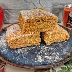 Karamellás almás pite recept Hungarian Recipes, Cornbread, Vanilla Cake, Ethnic Recipes, Food, Millet Bread, Essen, Meals, Yemek