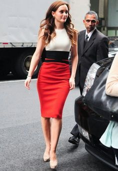I absolutely adore her outfit!