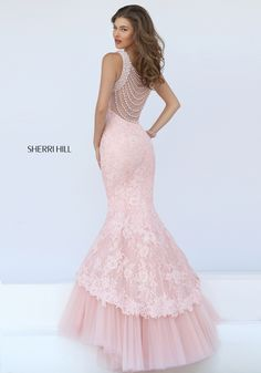 Sherri Hill dresses are designer gowns for television and film stars. Find out why her prom dresses and couture dresses are the choice of young Hollywood. Long Mermaid Dress, Mermaid Dresses, Lace Dresses, Pretty Dresses, Beautiful Dresses, Short Dresses, Formal Dresses, Lace Mermaid, Sherri Hill Prom Dresses