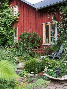 result for wilder landscaping images Swedish Cottage, Red Cottage, Swedish House, Garden Cottage, Home And Garden, Cozy Cottage, Outdoor Spaces, Outdoor Living, Scandinavian Garden