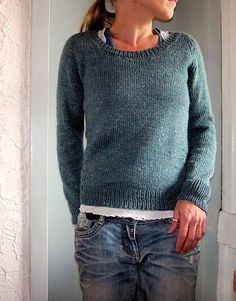 Love the yarn texture, love the color, and love the simplicity. Would probably knit a bit longer though. Ravelry: lilalu's sea breeze
