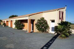 Hotel LX, Tout-y-faut 17330 Vergné, Charente-maritime, France. vue extérieur de jour