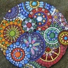 Colorful Mosaic Stepping Stone Cool Gardens , Cool Gardens With Mosaic Stepping Stones In Garden And Lawn Category