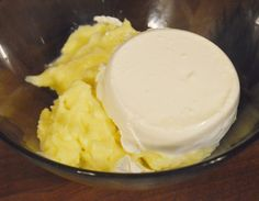 Crema de vanilie pentru prajituri - Rețete Papa Bun Ice Cream, Desserts, Ice Creamery, Postres, Icecream Craft, Deserts, Ice, Dessert, Gelato