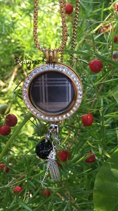Large gold locket.. plaid plate from Origami Owl. BCarmichael.OrigamiOwl.com #ontrend #musthaves #giftsfromtheheart