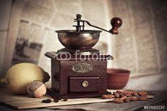 """Скачивайте роялти-фри фото """"кофе"""", сделаную olgababkina50 по самой низкой цене на Fotolia.com. Полистайте наш банк изображений и найдите идеальную стоковую фотографию для вашего маркетингового проекта!"""
