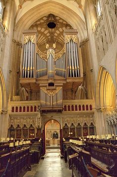 Organ in Wells Cathedral, Somerset