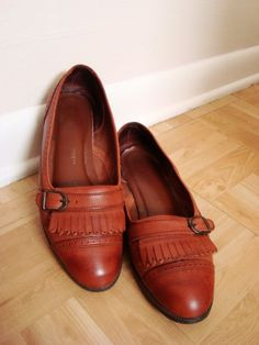 Margot - Vintage Leather Kiltie Flats