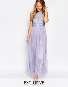 Super söt färg på den här klänningen. Den skulle passa så fint till ett vår bröllop.