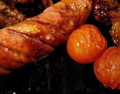 Chorizo y tomates cherry a la parrilla. // By Amel Segré