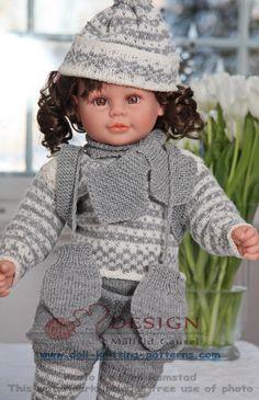 Doll knitting pattern for dolls, like Baby born, Chou Chou, Molly P and American girl doll. Knitted Doll Patterns, Knitted Dolls, Doll Clothes Patterns, Baby Knitting Patterns, Baby Patterns, Baby Born Clothes, Bitty Baby Clothes, Girl Doll Clothes, Girl Dolls