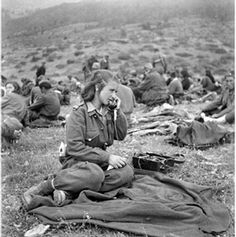 Female Soldier, Military Women, Ww2, Greece, Culture, Couple Photos, Soldiers, Puerto Rico, Don't Forget