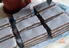 Négylapos krémes European Cuisine, Holiday Dinner, Winter Holidays, Menu, Candy, Chocolate, Baking, Sweet, Recipes