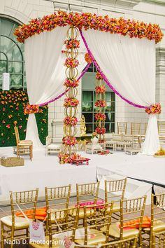 Floral & Decor http://www.maharaniweddings.com/gallery/photo/31685
