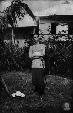 """The """"Boy General"""" Gregorio del Pilar—one of the youngest generals of the Philippine Revolution—was born in Bulacan on November The flagship of the Philippine Navy is named after him. Philippine Army, Jose Rizal, Filipino Fashion, The Spanish American War, Le Pilates, Philippines Culture, Filipino Culture, Filipiniana, Controversial Topics"""