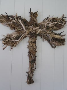 Cool website with DRIFTWOOD ART