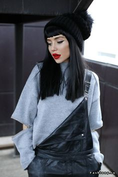 Alina Ceusan| Алина Цеусан Cosy Winter, Winter Hats, Bob Hairstyles, Hair Inspiration, Fashion Inspiration, Beautiful People, Winter Fashion, Hair Makeup, Hair Cuts