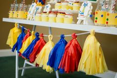 Pete the Cat and His Four Groovy Buttons Birthday Party