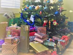 Expat Holiday Gift Shopping Guide