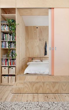 Flinders Lane Apartment by Clare Cousins Architects. (Yellowtrace) Almost Ombre : Flinders Lane Apartment by Clare Cousins Architects. Interior Architecture, Interior And Exterior, Interior Design, Small Apartments, Small Spaces, Plywood Interior, Design Case, Wall Design, Apartment Design