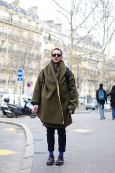 This coat is a bold choice and one that is for the win. #THEFASHIONALISTS