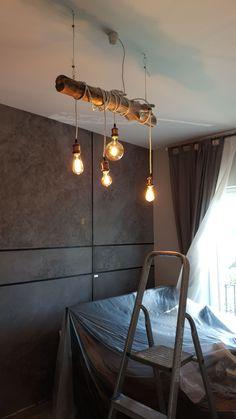 Lampadario fai da te Relaxation Room, Relaxing Room, Ceiling Lamp, Ceiling Lights, Modern Lighting Design, Macrame Design, Clock Decor, Loft, Living Room Decor