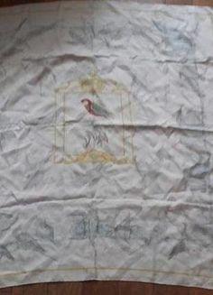 À vendre sur #vintedfrance ! http://www.vinted.fr/accessoires/accessoires-traditionnels/28799549-carre-hermes-vintage-1957-perruches-par-xavier-de-poret-rare-carre-en-soie-gris-bleu-et-noir