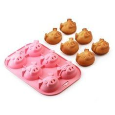 Silcone Pig Muffin Pan by Cooking Marvellous, we need to get some of these for nan! Sugar Paste, Gum Paste, Chocolate Muffins, Chocolate Cake, Pig Birthday, This Little Piggy, Cake Mold, Cavities, Fondant