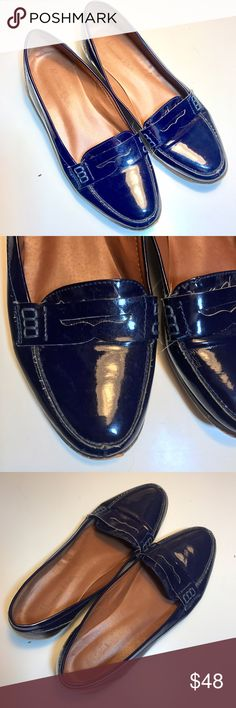 Massimo Dutti Patent Leather Loafers in Navy Blue Massimo Dutti navy patent leather loafers. Real leather. Made in Spain. Size 39. Outside patent leather is in good condition, bottom has peeling and wear and the heels are a bit scratched / worn. Massimo Dutti Shoes Flats & Loafers