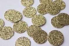 Gold glitter confetti.