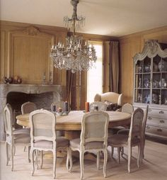 Fabulous Round Dining Table and Exquisite Chandelier!