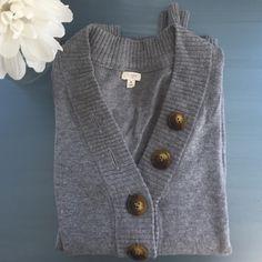 J. Crew Sweater V Neck sweater (38% viscose, 34% nylon, 23% wool, 5% cashmere). J. Crew Sweaters