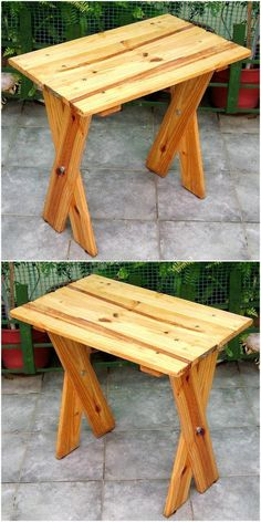 Some people love to have a cup of tea with their loved ones while sitting in the garden, so here is the idea for creating a table for the garden. The color of pallets used for creating this table is nice and it is not painted, but it is looking awesome. Wooden Pallet Crafts, Wood Pallet Recycling, Wooden Pallets, Wooden Diy, Recycling Projects, Diy Wood, Pallet Wood, Pallet Patio Furniture, Crate Furniture