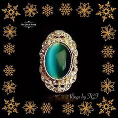 Embellish your hands with our dazzling 'Viola Green Stone Finger Ring'! Shop: www.theglocaltrunk.com #ring #onlineshopping #costumejewellery #theglocaltrunk #tgt #christmasshopping #holidaylist #xmas #partygirl #instafashion