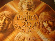 Disco de vinilo LP The Beatles, 20 Exitos de Oro: She loves you, Help, Something ODEON, 1979