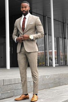 What are some great casual outfit for guys? Today we are talking all about casual outfit for guys and how you can wear them with a […] Blazer Outfits Men, Stylish Mens Outfits, Casual Outfits, Men Casual, Business Casual Black Men, Smart Casual, Dress Suits For Men, Men Dress, Black Men In Suits