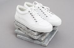 ETQ Amsterdam Low 2 White by Centreville Store c3719c3c3