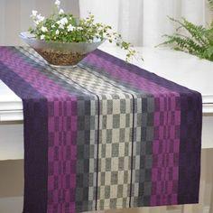 www.bjorkevavstuga.se - Produkter Scarf Design, Weaving Patterns, Tapestry Weaving, Table Linens, Tea Towels, Table Runners, Loom, Home Accessories, Hand Weaving