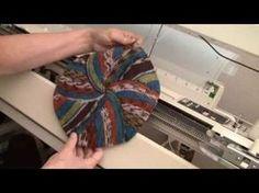Knitting Videos, Easy Knitting, Knitting Socks, Knitted Hats, Knit Socks, Knitting Machine Patterns, Poncho Knitting Patterns, Knitting Designs, Sewing Tips