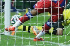 BVB-Tor im Pokal-Finale: Torlinientechnik muss her - BVB and FCB Heat Maps on Pokal match