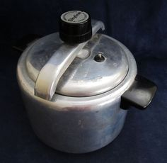 Skyline Pressure Cooker  I was so scared i only used it as a big saucepan!