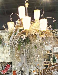 How to Decorate a Chandelier for Christmas. Presenting Christmas Chandelier photos and how tos for a festive Holiday Chandelier. Elegant Christmas Decor, Christmas Decorations, Table Decorations, Holiday Decor, Christmas Chandelier, Tiffany Wedding, Couple Shower, Holiday Festival, Chandeliers
